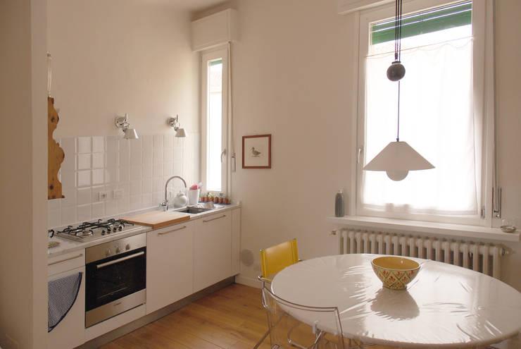 Кухни в . Автор – Fabio Ramella Architetto, Модерн