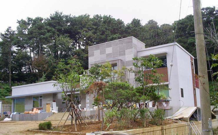 진천 주택: 건축사사무소 이레EL의
