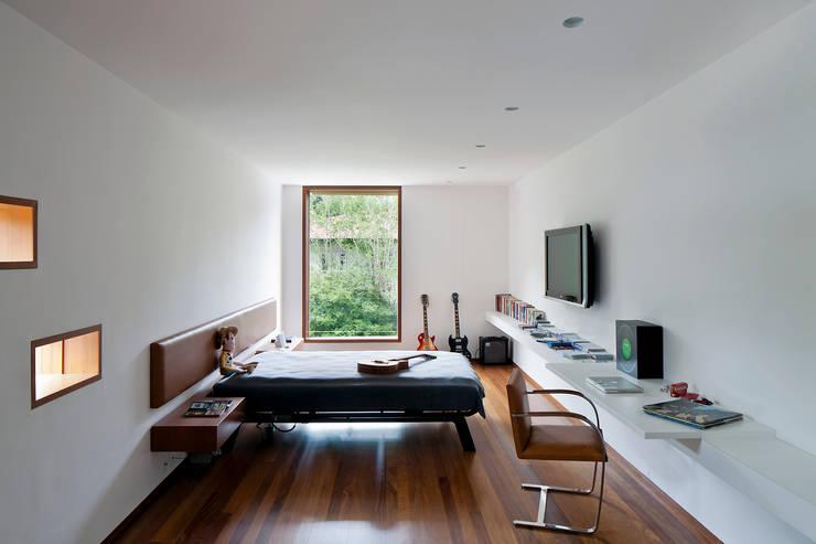 غرفة نوم تنفيذ Pascali Semerdjian Arquitetos