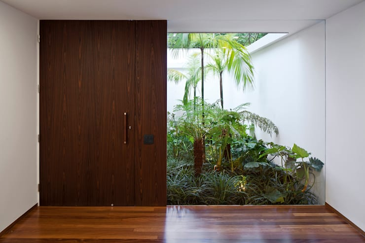 Modern Windows and Doors by Pascali Semerdjian Arquitetos Modern