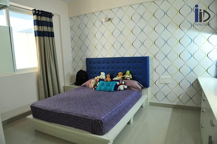 kids bedroom:   by Innover Interior Designs