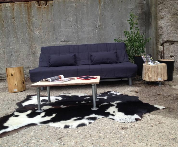 Table de salon PIPE: Salon de style  par Pür cachet