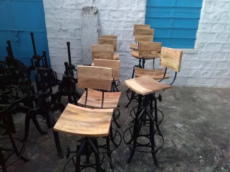 Industrial Bar Stool, : industrial Dining room by Vinayak Art Inc.