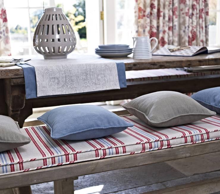 Comedores de estilo  por Prestigious Textiles
