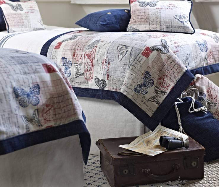 Habitaciones de estilo  por Prestigious Textiles