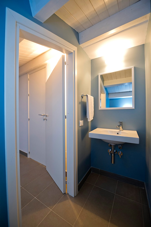 Bathroom by Giuseppina PIZZO , Minimalist