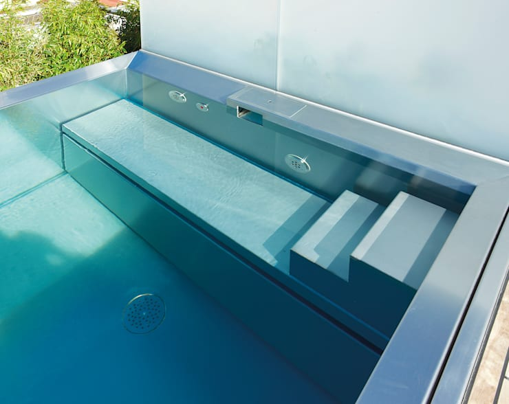 Pool by Polytherm GmbH.
