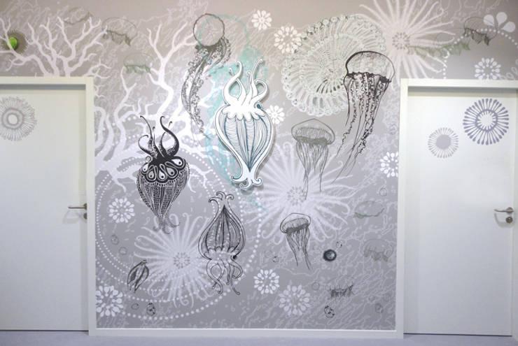 Oeuvre murale design de Sophie Briand: Murs de style  par Sophie Briand, designer