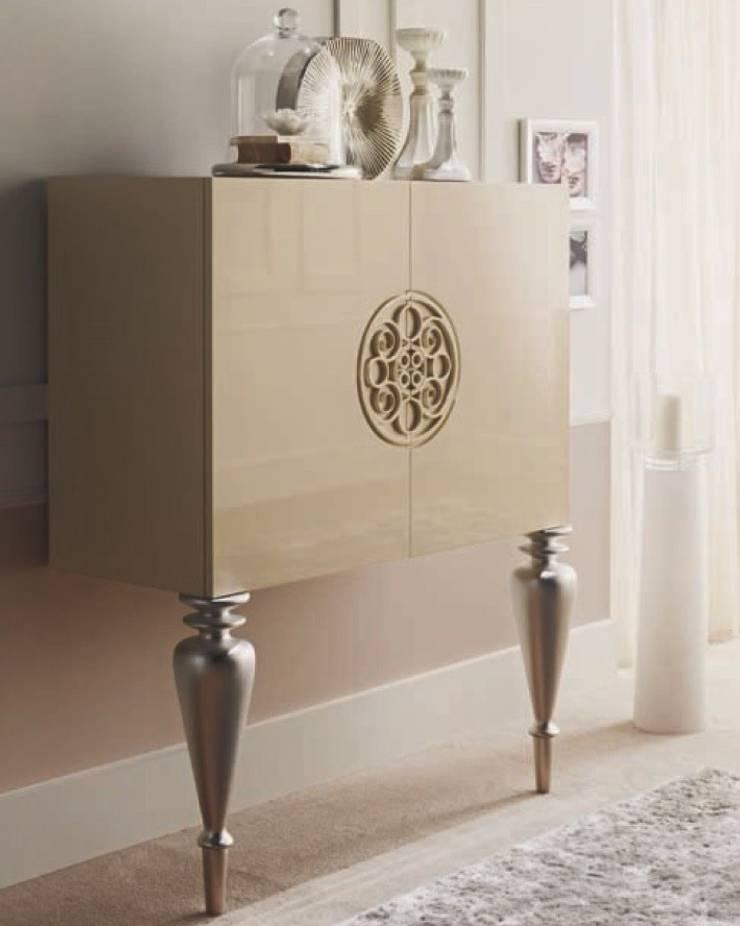 Mueble Bar Clásico Tarraco:  de estilo  de Ámbar Muebles