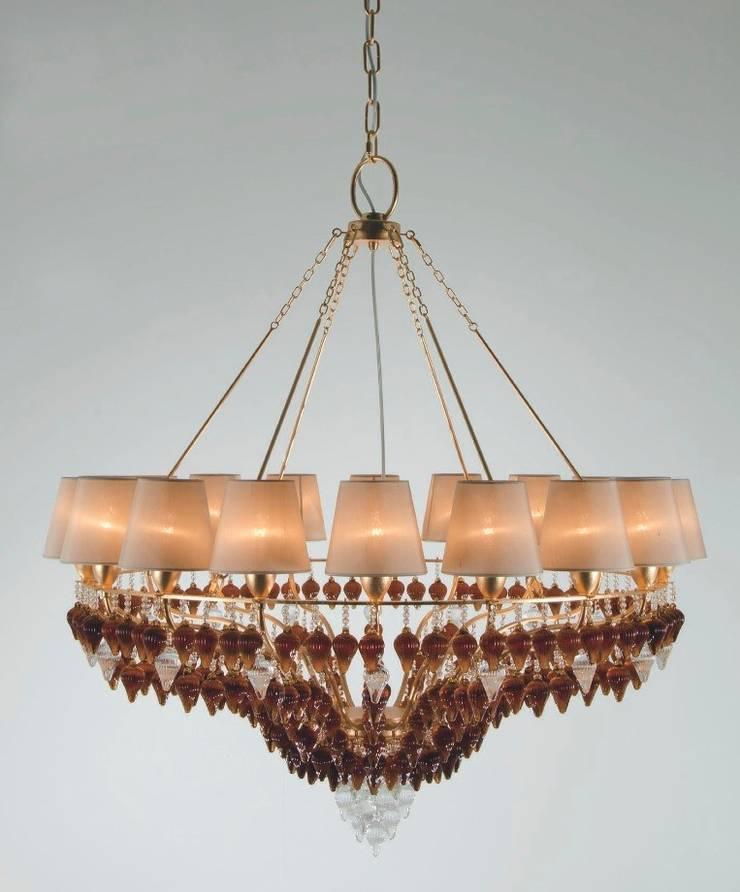 Lámpara de Techo Clásica Ophelia 18 Luces: Salones de estilo  de Paco Escrivá Muebles