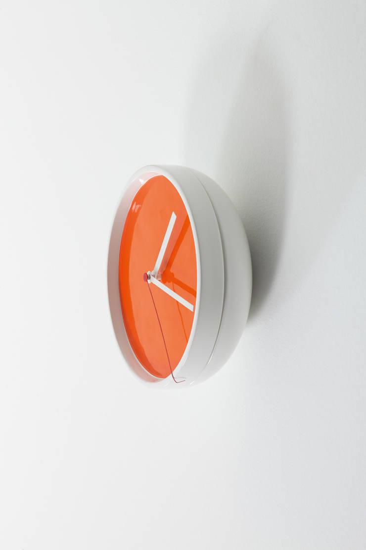 SLICE:  in stile  di michela catalano design studio, Moderno