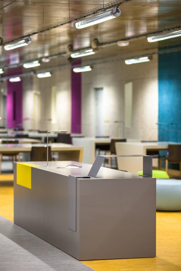 Université Paris-Sorbonne, Centre de Clignancourt.:  de style  par GPAA