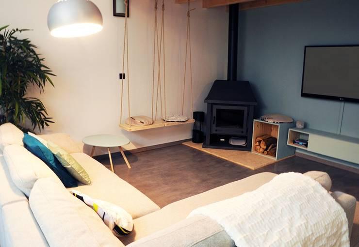 Le 16 - Espace de vie 1er étage - salon: Maisons de style de style Moderne par Aurélie Ronfaut dite Thi-Lùu