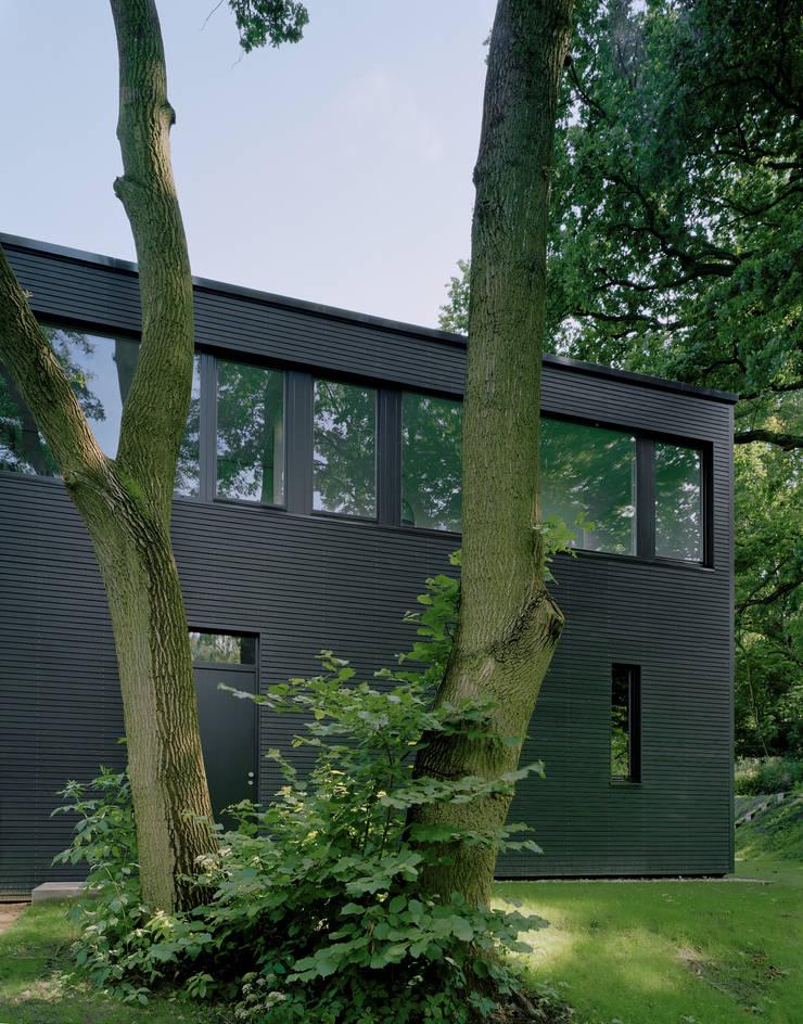 Privathaus bei Berlin:  Häuser von C95 ARCHITEKTEN
