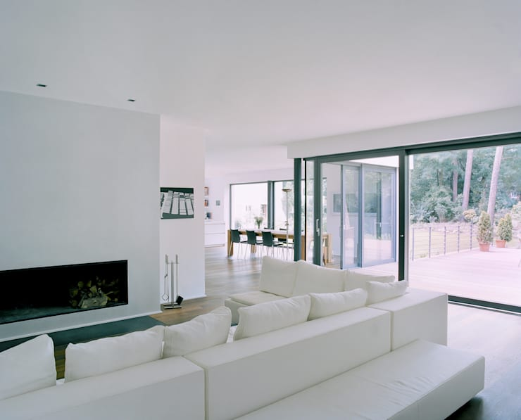 Living room by C95 ARCHITEKTEN