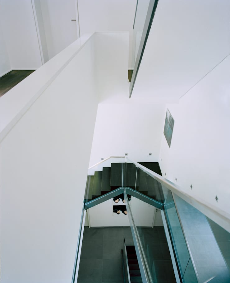 Corridor, hallway by C95 ARCHITEKTEN