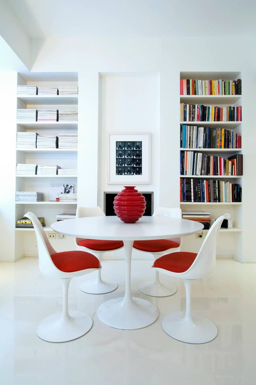 Appartamento via Goldoni: Soggiorno in stile  di Studio 02 Milano