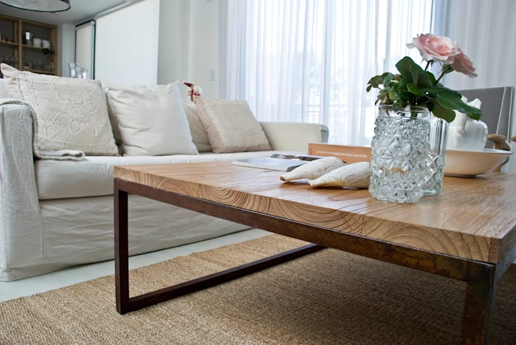 Mesa paraiso baja: Hogar de estilo  por Muebles muc.
