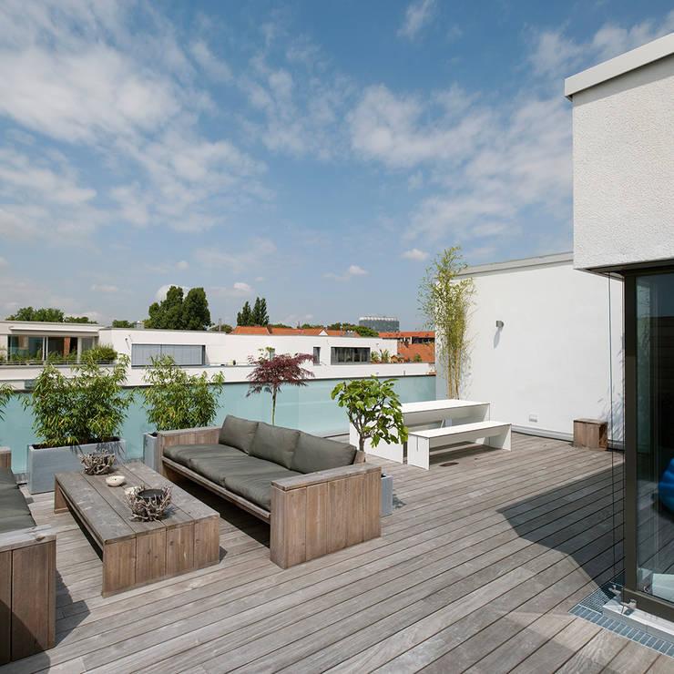 Dachterrasse :   von Dewey Muller Partnerschaft mbB Architekten Stadtplaner