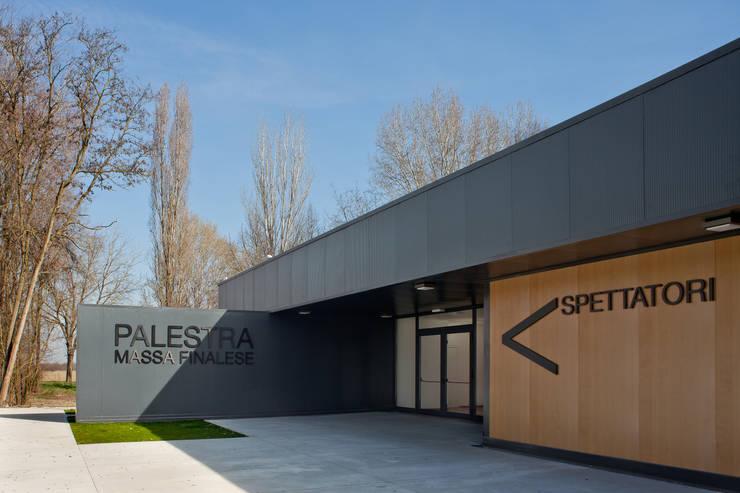 Temporary School Gymnasium Escuelas de Didonè Comacchio Architects
