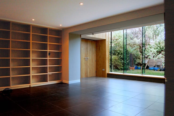 Alexandra Park, Redland:  Living room by Emmett Russell Architects