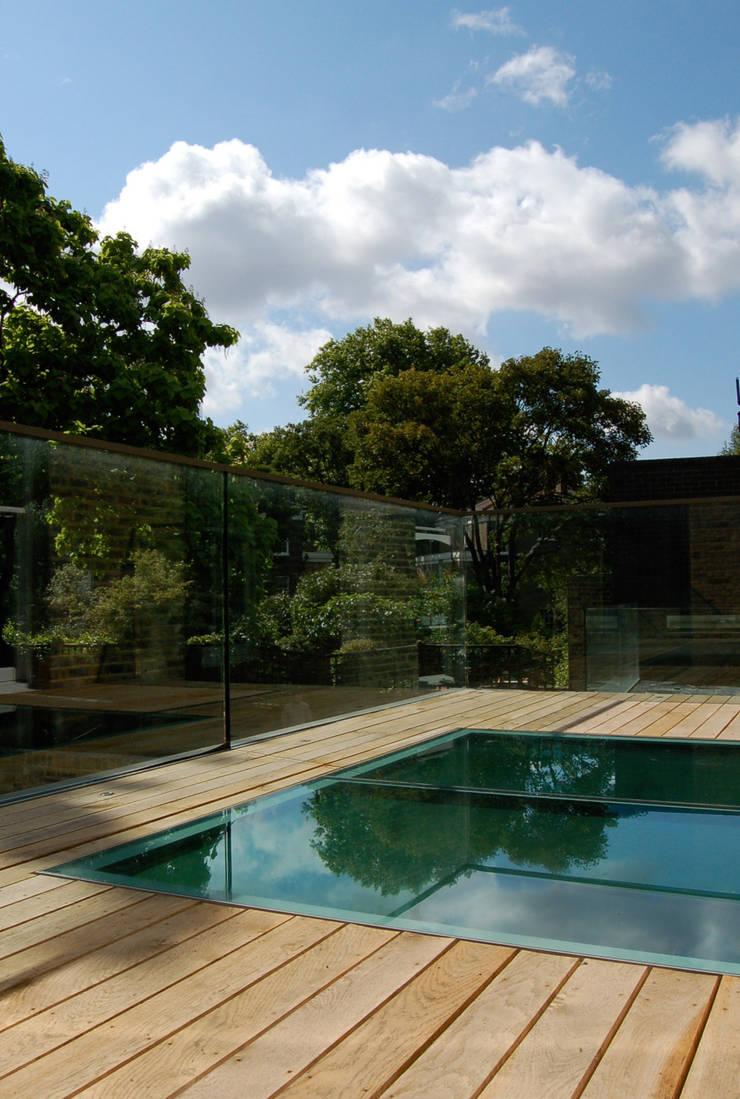 Alwyne Place, Islington:  Terrace by Emmett Russell Architects