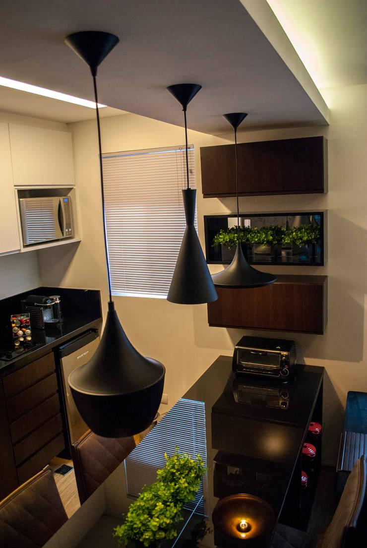Cozinha: Cozinhas  por Fernanda Alonso - Arquitetura e Interiores