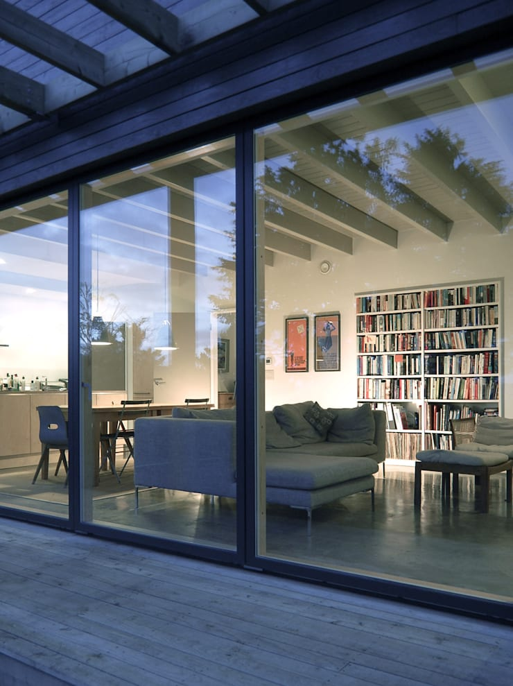 Rose House, Kingsdown:  Windows  by Emmett Russell Architects