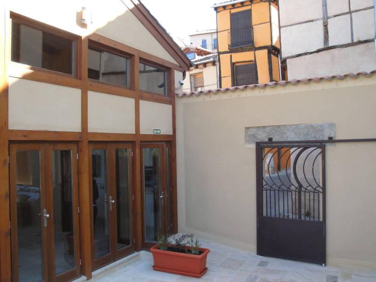 Centro de interpretación de la muralla de Segovia: Museos de estilo  de Ear arquitectura