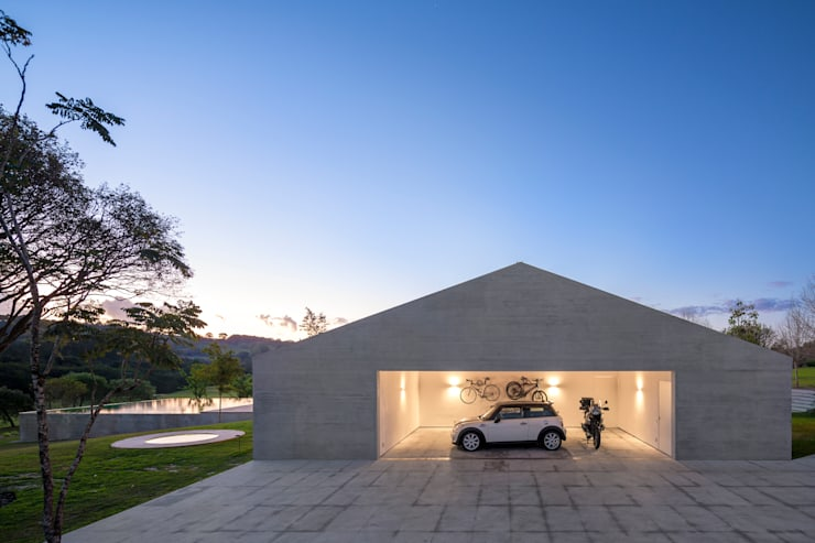 Garage/Rimessa in stile  di Studio MK27