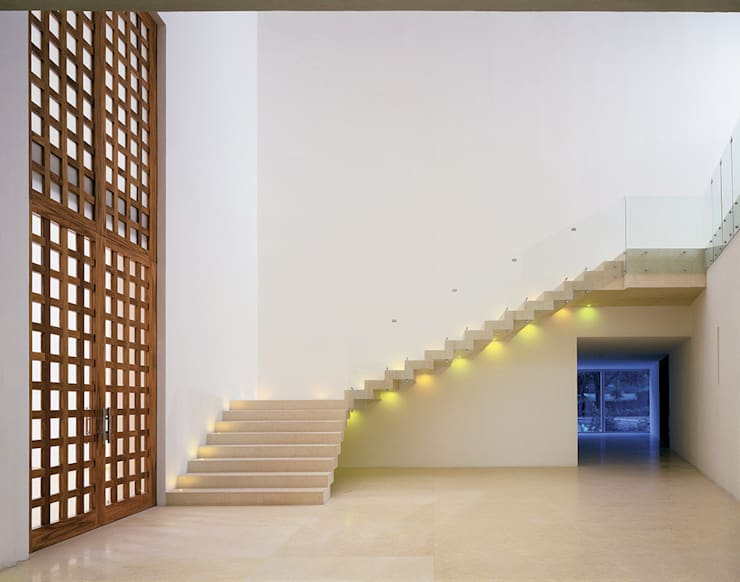 Residencial Cumbres de Acultzingo:  de estilo  de Sordo Madaleno Arquitectos