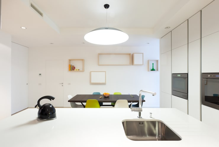 Apartment in Milan-OX22:  in stile  di Wisp Architects