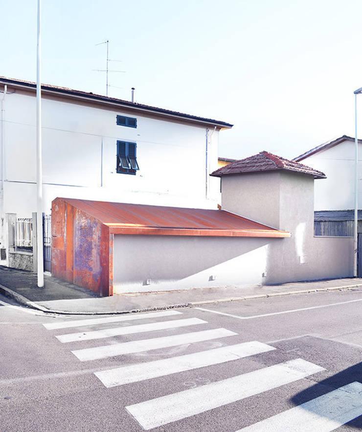 STUDIO Jacopo Cecchi designer:  in stile  di Jacopo Cecchi Designer, Moderno