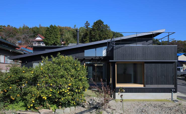 ライトハウス: 建築設計事務所 住記屋が手掛けた家です。
