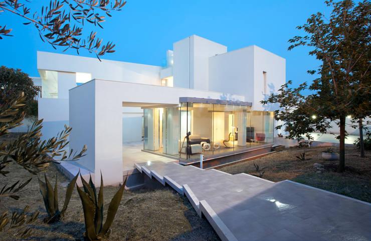 Villa Di Gioia, Casa Passiva Mediterranea: Case in stile  di Pedone Working Group