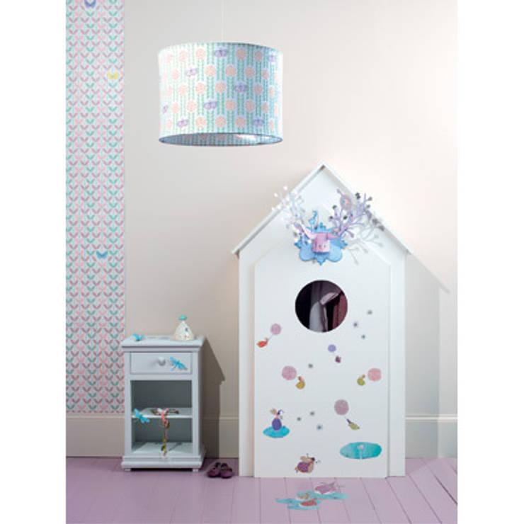 Suspension Papillon - Djeco: Chambre d'enfants de style  par decoBB