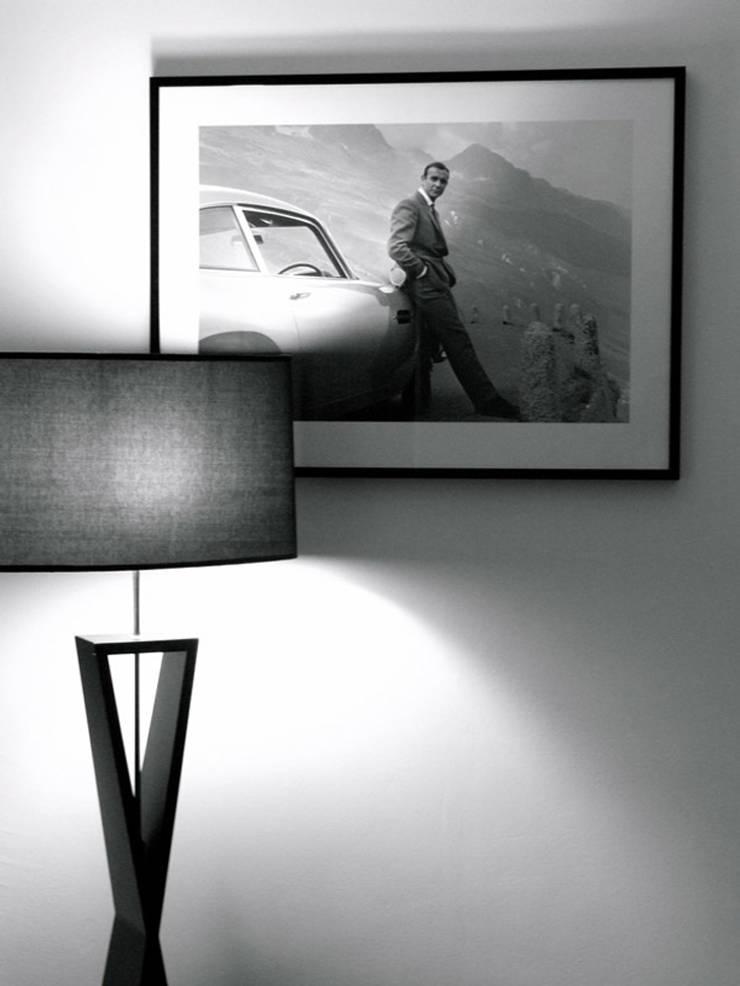 bedroom lighting:  Bedroom by elliot James Pte Ltd