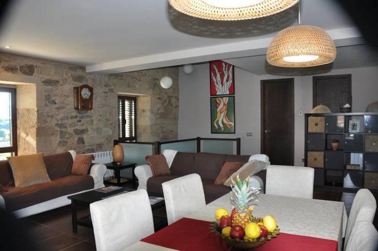 Interior: Casas de estilo  de Adro Construcciones