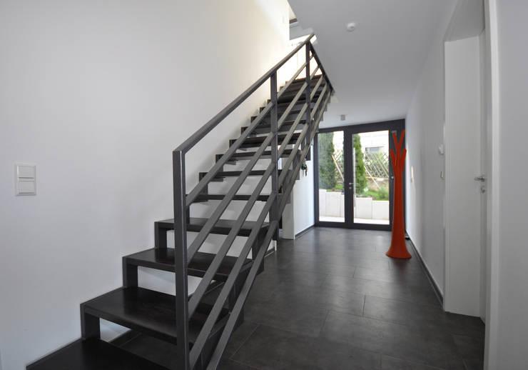 Maisons de style  par Udo Ziegler | Architekten