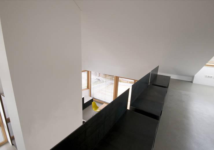 Коридор и прихожая в . Автор – Udo Ziegler | Architekten