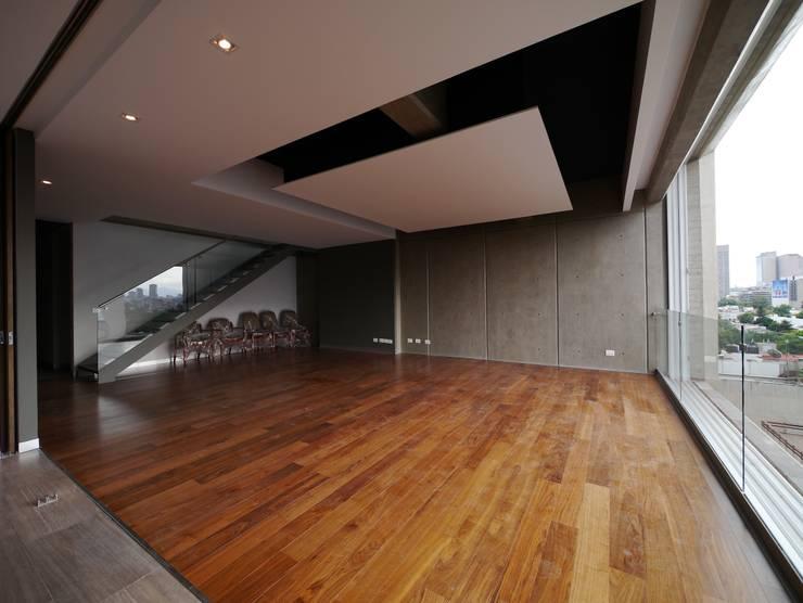 Arquimedes 168 Interior 5: Casas de estilo  por Mimesis Desarrolladora