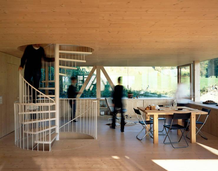 Stöckli in Balsthal:  de style  par PASCAL FLAMMER ARCHITECT