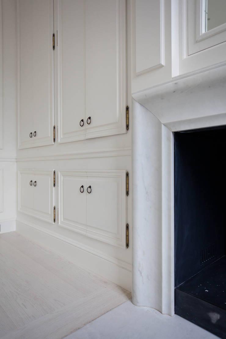 Peupliers: Hôtels de style  par braun + associés architectes
