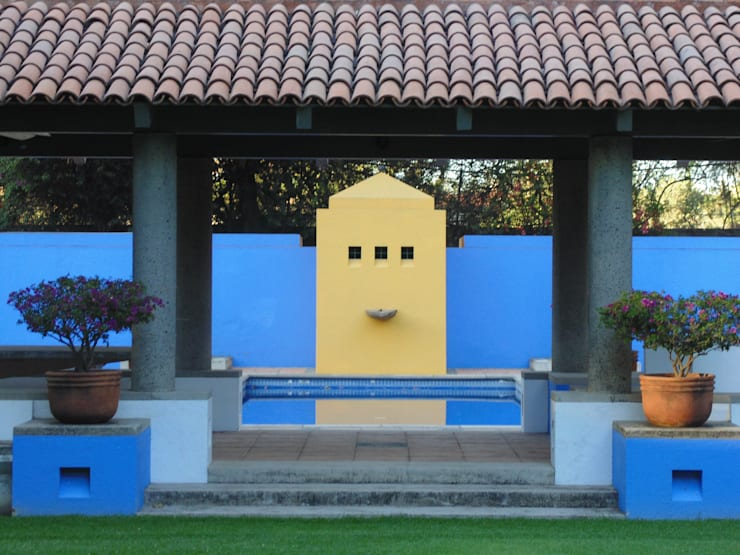 Piscinas de estilo rural por Taller Luis Esquinca