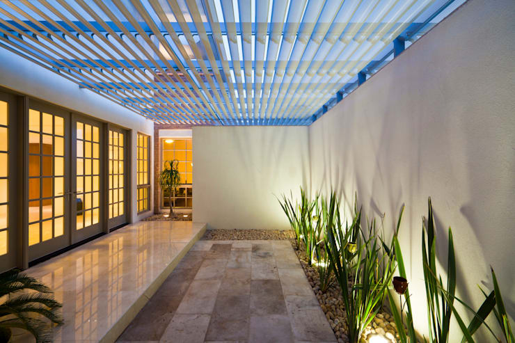 RESIDENCIA R: Casas de estilo  por ARQUITECTURA EN PROCESO
