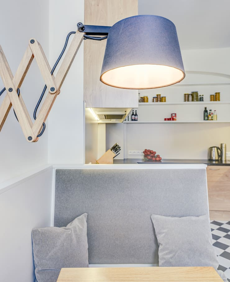 kleine Küche:  Küche von raumdeuter GbR,Modern