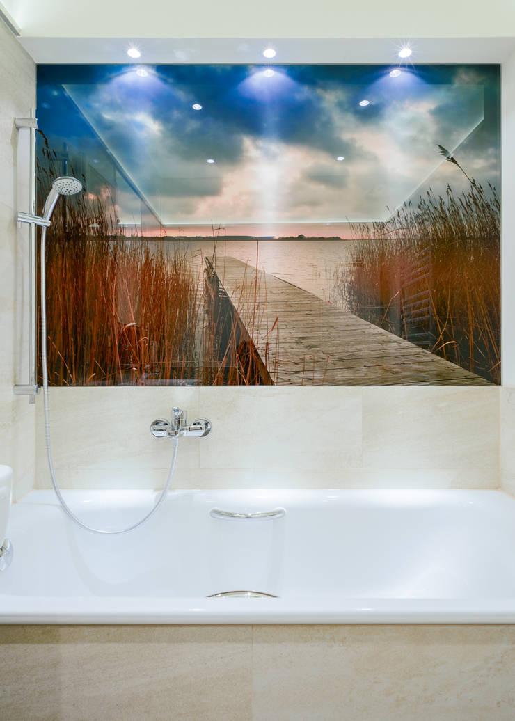 kleines Bad:  Badezimmer von raumdeuter GbR,
