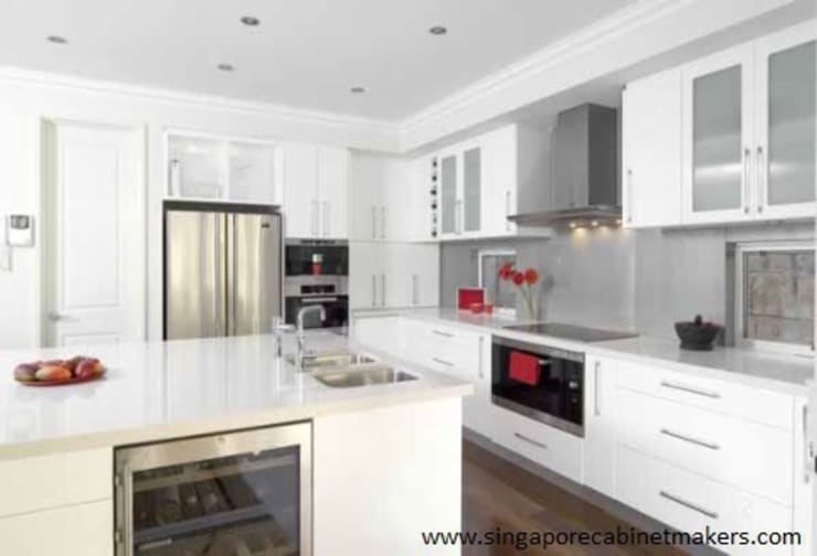 Kitchen Cabinets:   by Singapore Cabinet Makers