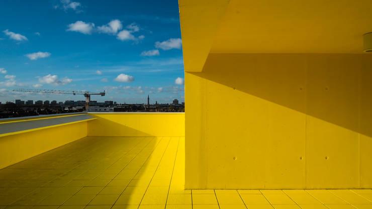 3_TERRASSE PANORAMIQUE:  de style  par sophie delhay architectes