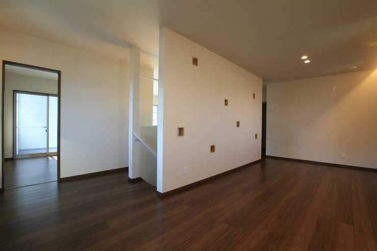 江田島-三高の家: CAF垂井俊郎建築設計事務所が手掛けた子供部屋です。